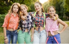 Счастливые лица TEENS