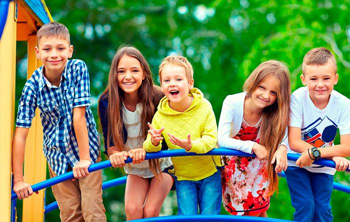 Картинки по запросу дети друзья