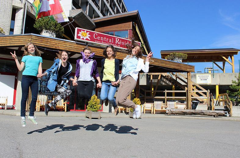 fRilingue. Summer Camp Leysin