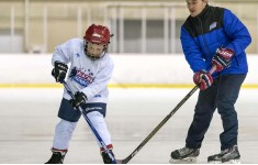 International ice hockey camp