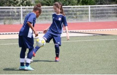"""Football practice """"Olympic Lyon"""" especially for girls"""
